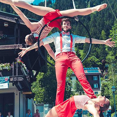 Flyingdance_Troupe